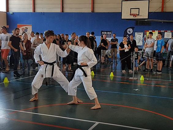 Karaté Club du Val Gelon : Démonstration forum des associations 2018